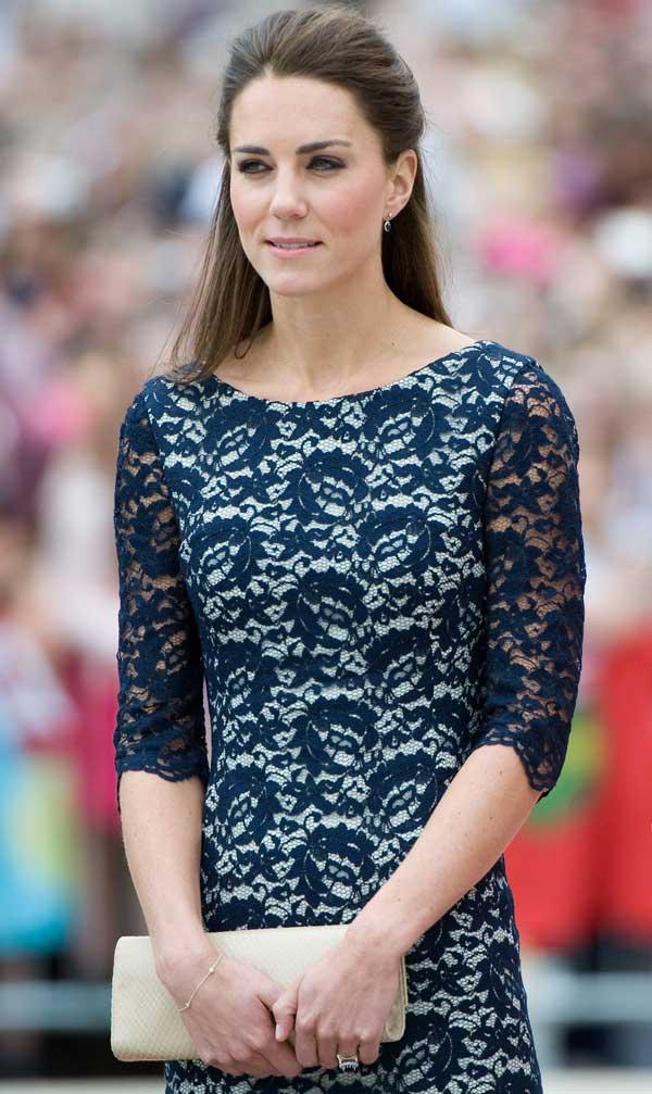 kate-middleton-blue-lace-reiss-dress